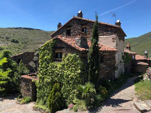 Casa de pizarra en Patones de Arriba
